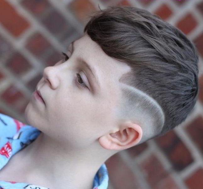 Модная прическа цезарь для мальчиков 10-11 лет 2020