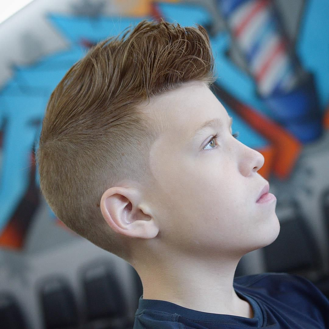 Модная прическа ирокез для мальчиков 12-13 лет 2020