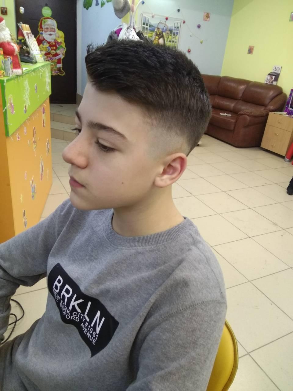 Модная прическа ежик для мальчиков 14-15 лет 2019